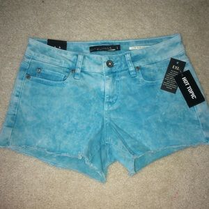 Hot Topic Lovesick shorts turquoise acid wash